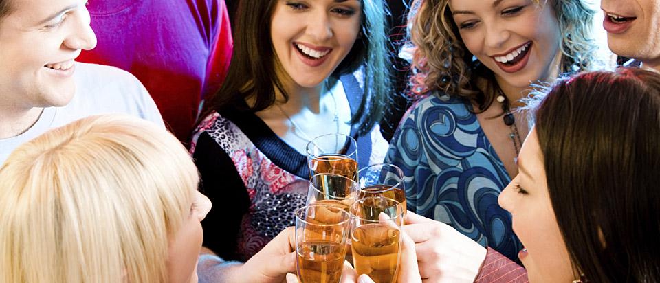 Фото с выпивающими подругами 8 фотография